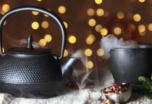 Photo of The Difference Between Teapots and Tea Kettles