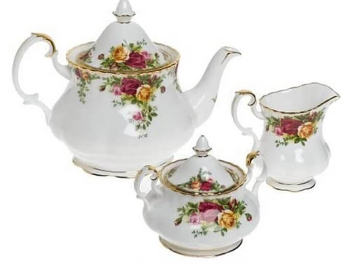 Royal Doulton Old Country Roses Teapot